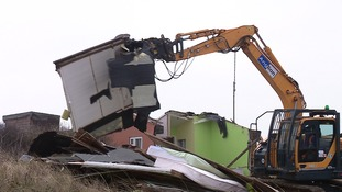 More cliff top homes are demolished at Hemsby