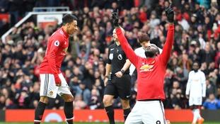 Premier League: Lukaku and Sanchez strike as Man Utd beat Swansea
