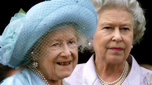 The Queen Mother (l) had a hip replacement aged 98.
