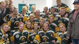 Canada mourns 15 killed in Humboldt Broncos junior hockey team bus crash