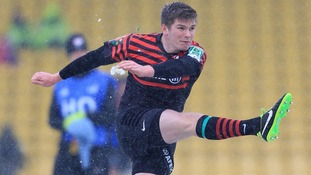 Fly Half Owen Farrell slotting a penalty against Edinburgh