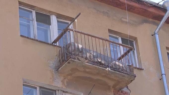 The balcony from where Borodin fell.