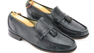 The black leather loafers are said to be in