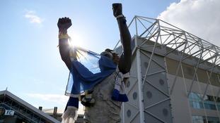 Leeds United announce Myanmar tour despite FCO travel warnings