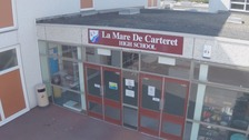 La Mare de Carteret High School