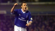 Geoff Horsfield is auctioning his football medals and memorabilia to help the homeless.
