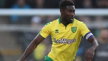 Alex Tettey is staying at Norwich City.