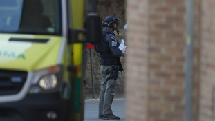 Armed police on scene of siege in Oxford city centre