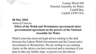 Leanne Wood has written to Carwyn Jones highlighting the legal advice