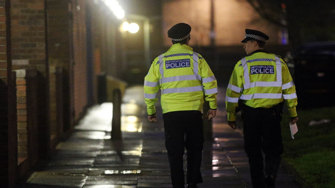 the metropolitan police analysis Metropolitan police vs havant & waterlooville live in-play match statistics with team line-ups, score results, goals, ball possession, shot on goals and the total number of corner kicks, free kicks and goal kicks.