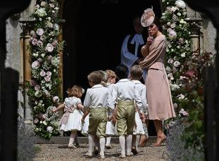 Kate tells the young helpers to be quiet at Pippa's wedding.