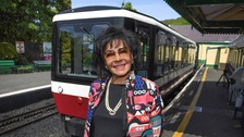 Train for a Dame - Shirley Bassey hits new heights on Snowdon