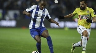 Leicester agree deal to sign Porto defender Ricardo Pereira