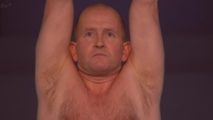 'Near-perfect' score for Eddie 'The Eagle's' Splash! dive