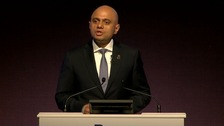 Home Secretary offers olive branch to police