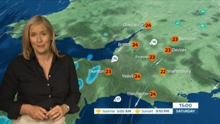 Mild night with chance of thundery showers in the West