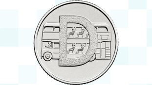 Double decker bus coin