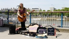 London to introduce contactless payments for buskers