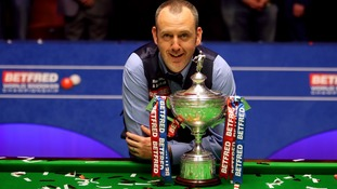 Snooker champ Mark Williams granted freedom of home county