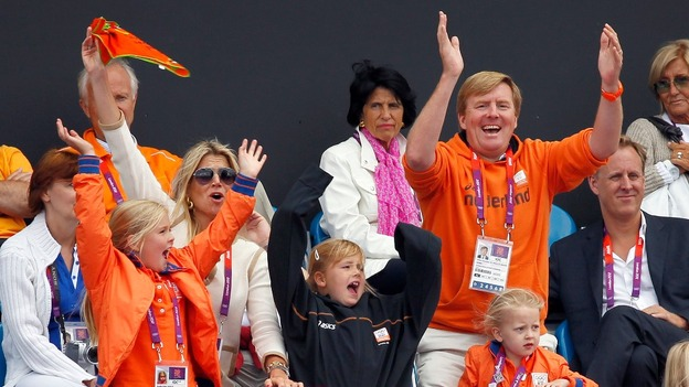 Prince Willem-Alexander and his family celebrate during the women&#x27;s hockey at the London 2012 Olympics