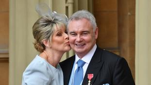 Eamonn Holmes asks Queen for interview at OBE ceremony