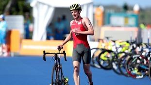 Alistair Brownlee out of Leeds world triathlon