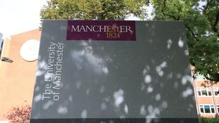 pic of uni signage