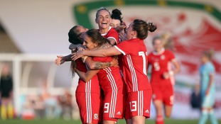 Women's World Cup: Wales beat Russia 3-0 to set up winner-takes-all clash with England