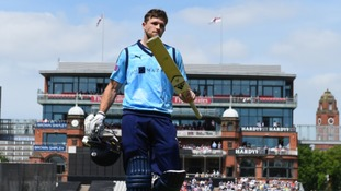 David Willey to play for Yorkshire another year