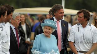 The Queen with winning team La Indiana at the end of the Cartier Trophy