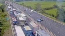 Serious crash closes M1 in Northamptonshire