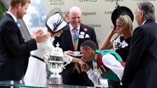 Duchess of Sussex gets a kiss from Frankie Dettori at Ascot