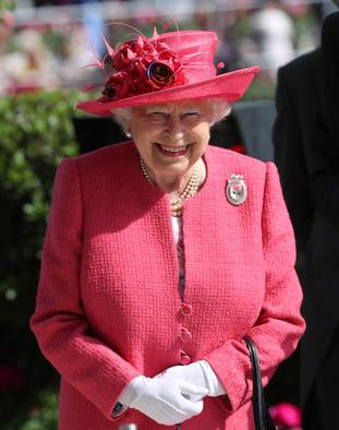 The Queen dazzled in pink