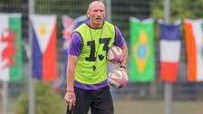 Gareth Thomas to tackle homophobic chanting in sport