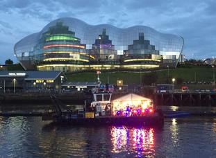 Maximo Park perform before 20,000 people on a boat on the Tyne