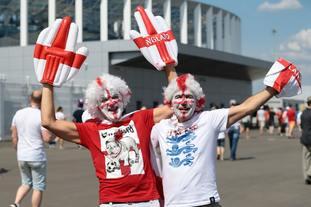 England fans basked in the heat in Nizhny Novgorod