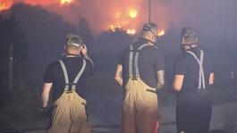 Major Incident declared as crews battle major grass fire on Saddleworth Moor