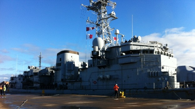 French frigate docking on Tyne