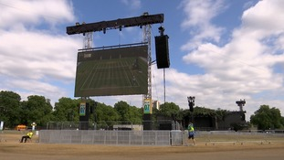 Some 30,000 fans are expected to watch the match at London's Hyde Park.
