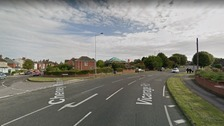Man tries to force young woman into car in Swindon