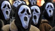 Girls wearing 'Scream' mask attempt to mug a man in Jersey
