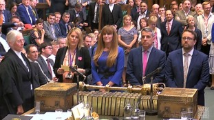Government wins vital customs union vote against Tory rebels