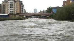River Aire , Leeds