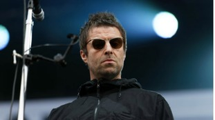 Liam Gallagher asks brother Noel for Oasis reunion