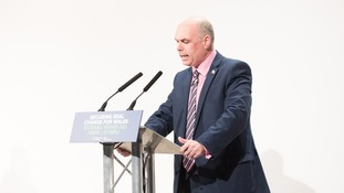 Paul Davies AM speaking at conference