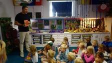 David Walliams reading to children