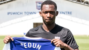 Tayo Edun has become the latest player to join Ipswich Town.
