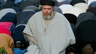 Radical preacher Abu Hamza to face US extradition