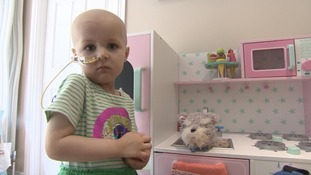 Family's desperate bid to help tot with neuroblastoma