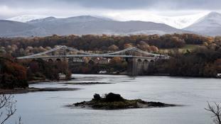 Body found on Wales beach in 1985 identified as missing Irish man